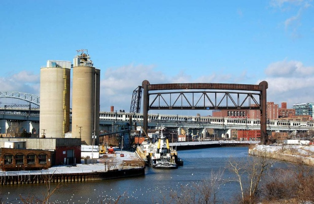 Figure 5: Cement Silo Storage with Truck and Rail Disbursing (photo courtesy of boatnerd.com)